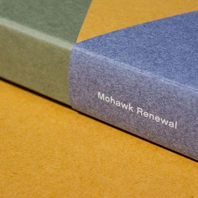 Every sheet of Mohawk Renewal is a clear reflection of the sustainable, high-quality fibers used in making the line. The cover of the swatchbook is made from the three colored sheets found within the portfolio, revealing the character of each paper and the alternative fibers used to make them. . Click the link in our bio to find out more.