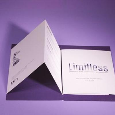 An interesting die-cut can make a big statement. . @otisfashion's LIMITLESS invitation suite is both compelling and memorable with a unique folding technique that self-binds in the matching envelope — elevating the mailing to a new level. . Click the link in our bio to learn more. . #MohawkPaper #Invitation #Invite #Paper #ColoredPaper #OtisCollege #OtisCollegeOfArtAndDesign #Design #Fashion #Metallic