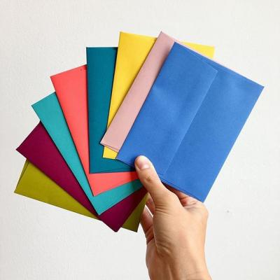 Your mental model of an envelope probably looks a lot like a 10 commercial envelope made from plain, lightweight white paper. ✉️ But an envelope can be so much more. Color can be a delicious differentiator. 📸: @rowhouse14  #Envelope #ColoredEnvelope #Color #Mail #MohawkPaper #Keaykolour #Inspiration #Colorful #ColorInspiration